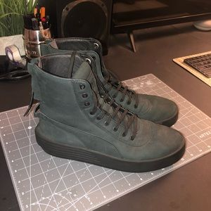 XO Puma's (The Weeknd's First Sneaker Collab)